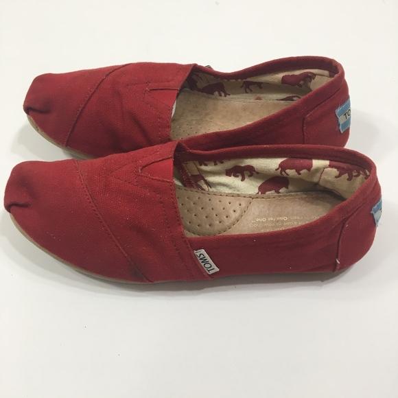 cbeaad686c2 Toms Shoes - Tom s Red Canvas Classic Alpargatas Shoes Size 7